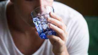 علامات تدل على الجفاف ونقص الماء في الجسم