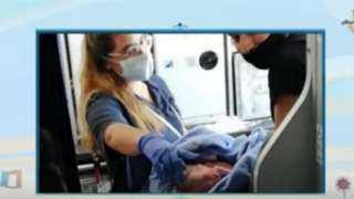 طبيب تقوده الصدفة لإجراء عملية ولادة على متن طائرة مصرية (فيديو)