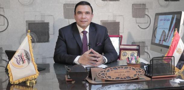 بعد تطاولة باكاذيب مغلوطة ..مدحت بركات يعلن الحرب على محمد ناصر