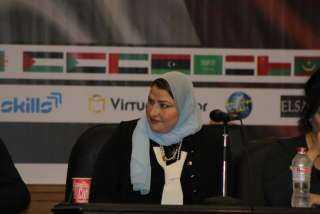 الدكتورة أسماء أبوغزالة: الرئيس فتح العديد من مجالات الاستثمار.. ونفخر بها جميعًا (فيديو)